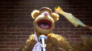 Fozzie's Bear-ly Funny Fridays #23 | Fozzie Bear Jokes | The Muppets
