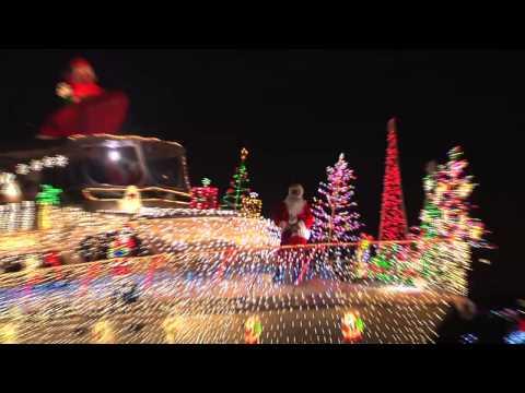 Newport Beach Christmas Boat Parade Of Lights You