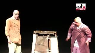 "Nota sobre ""El Capote"" de Credo Theater en Santiago a Mil 2011, 05/..."