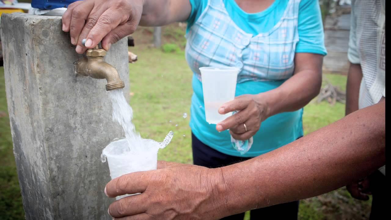 El agua potable es un sue o para 36 millones de for Agua potable
