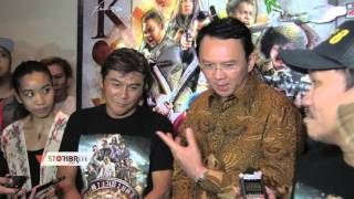 Video Keseruan Ahok Nonton Film Comic 8 download MP3, 3GP, MP4, WEBM, AVI, FLV September 2018