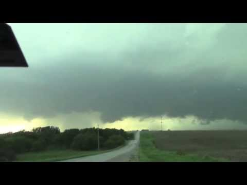 May 27 2013 Storm Chase Weather Weenies - Lebanon, KS