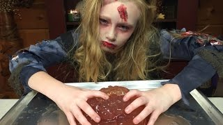 How to make a Giant Bloody Gummy Brain. Zombie style with Princess Ella. Great for Halloween party.