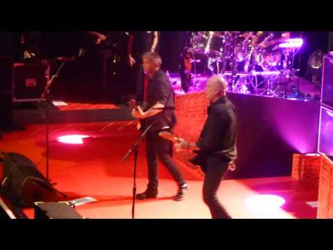 Hanging around-The Stranglers@Brighton Dome 28th March 2017