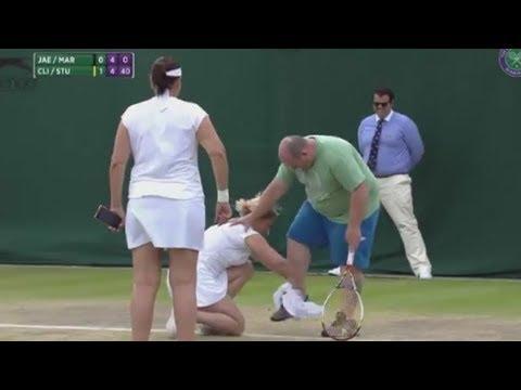 Les moments cultes du Tennis #12 (café, téléphone, caméraman)