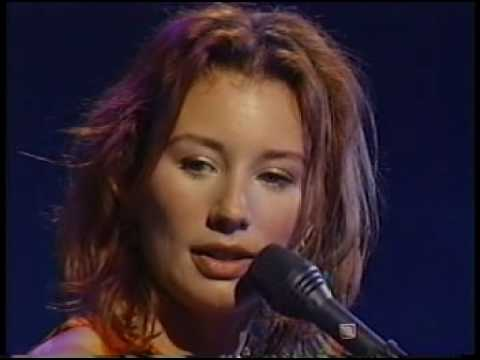 Tori Amos   Video   Live in NY   Jan 23, 1997   08   UpsideDown