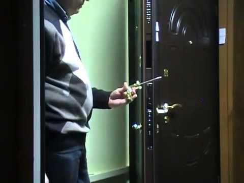 Замена замка входной двери.