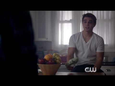 Riverdale 1x02 ''A Touch of Evil'' Sneak Peek #2 Legendado