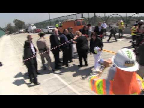 Ribbon Cutting Shoemaker Bridge