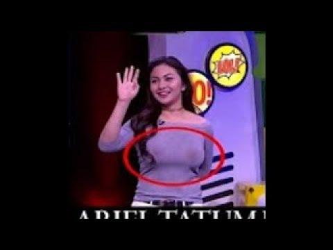 GAGAL FOKUS.. Pakaian Ariel Tatum di acara The Comment