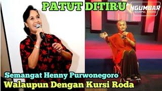 SEMANGAT Henny Purwonegoro Menyanyikan Lagu Rohani  Dengan Kursi Roda