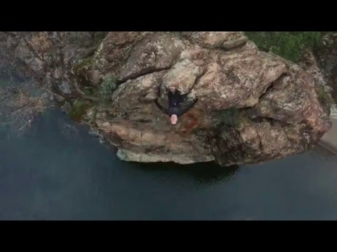 Winter Cliff Jumping @ Cable Pools! - Paradise Flumes