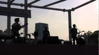 KOBEメリケンフェスタ2012でのライブ映像.