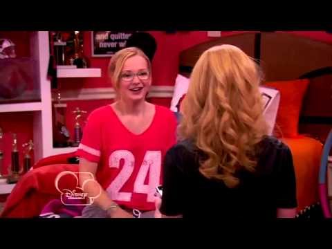 The end of Sing it Loud - Liv and Maddie