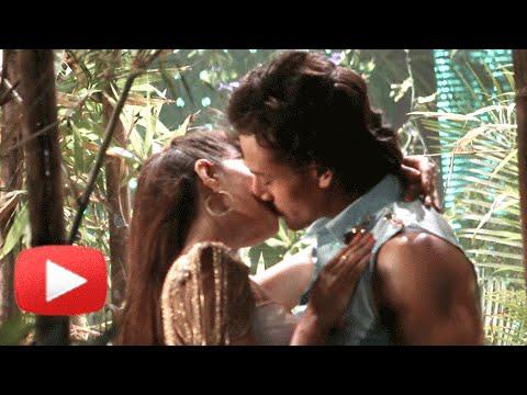 Jacqueline Fernandez Tiger Shroff HOT KISS...