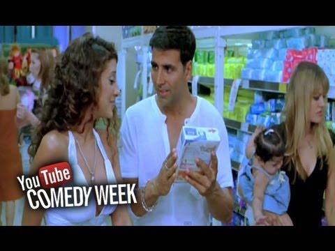 Akshay Kumar gets slapped by store women | Heyy Babyy
