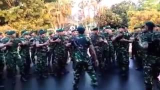 Keren Abis Yel-Yel TNI AD RI