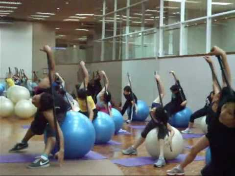 Fitball Cardio and Dance.wmv