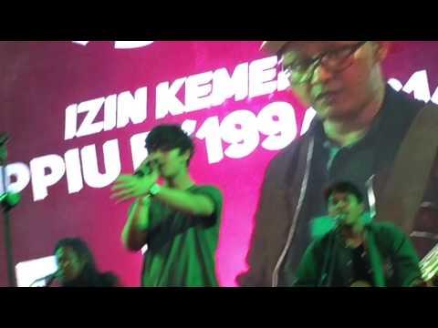 Worth It by Harris J live in concert (Makassar 4th Dec 2016)
