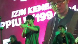 Video Worth It by Harris J live in concert (Makassar 4th Dec 2016) download MP3, 3GP, MP4, WEBM, AVI, FLV Oktober 2017