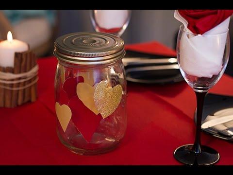 Diy saint valentin centre de table avec des coeurs youtube for Table saint valentin