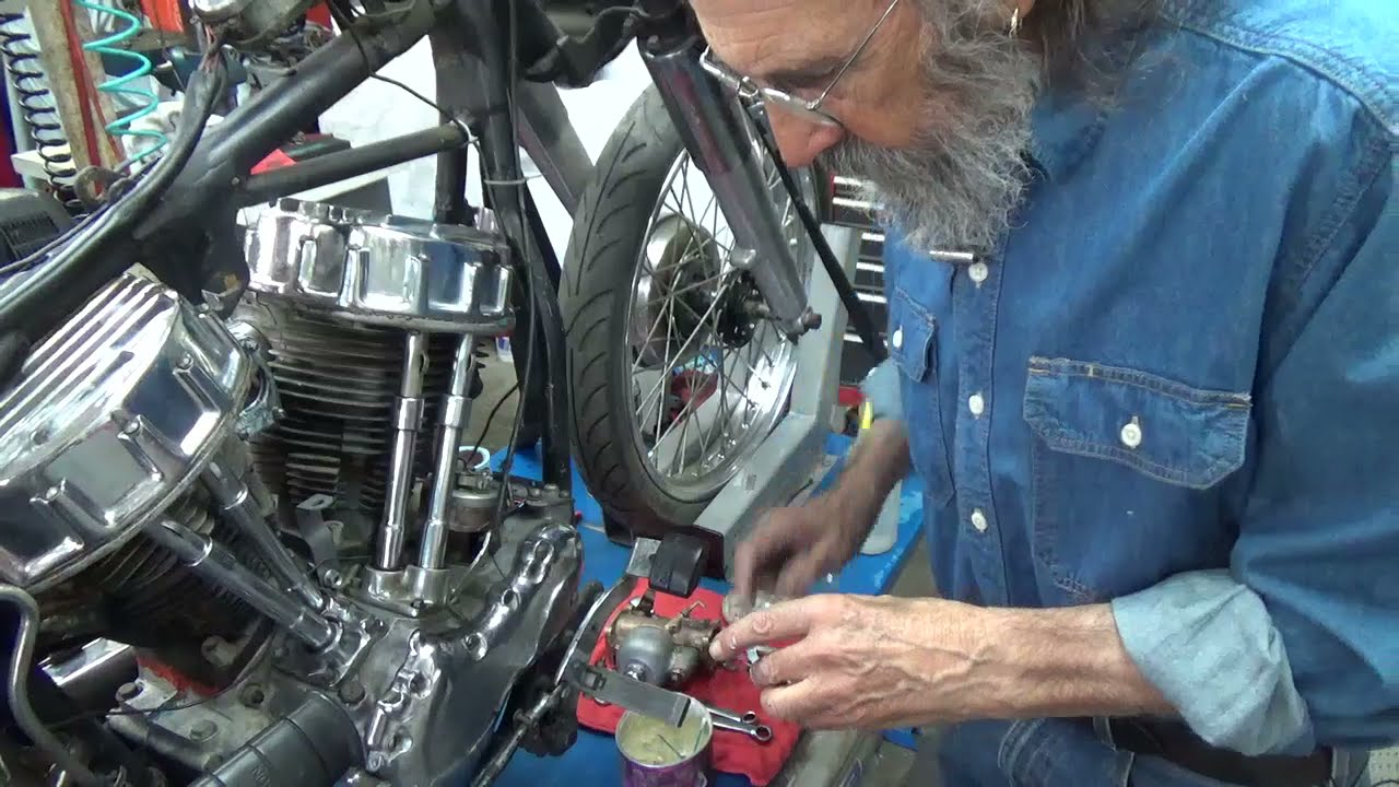 Step 10 Installing the Manifold &Carb on the Harley Panhead