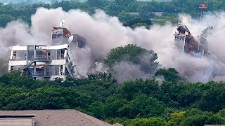 American Airlines demolishes old headquarters buildings