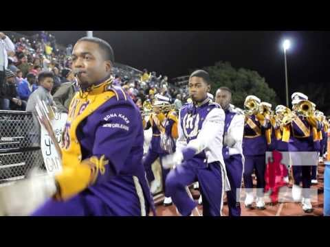Edna Karr Entrance to Playoff game 2016