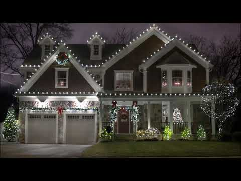 Best Christmas Light Hanging Service and Cost in Omaha NE | Service-Omaha