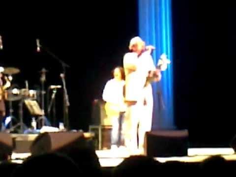 Emir Kusturica & The No Smoking Orchestra in Kiev 2012 - Bubamara, final song