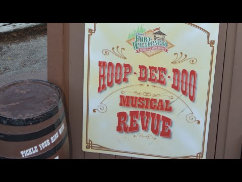 DINING REVIEW: Hoop Dee Doo Musical Revue