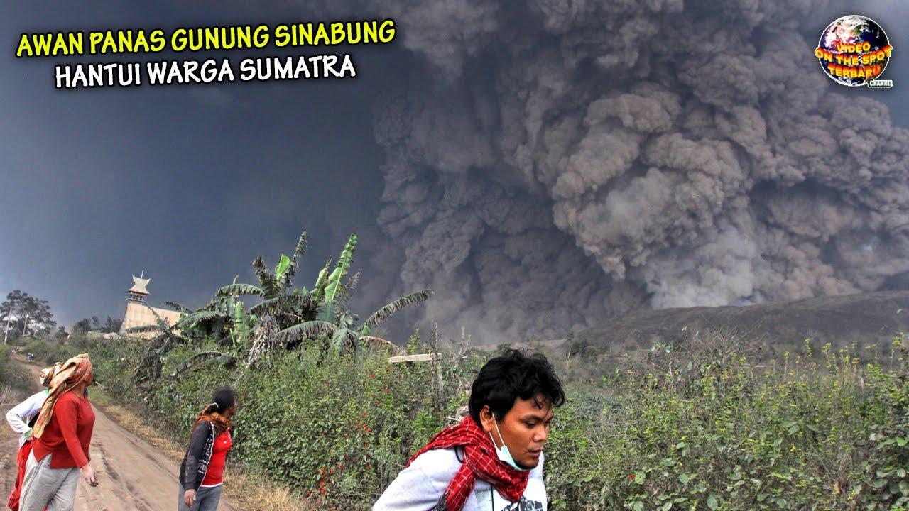 Gunung Sinabung Erupsi Besar Besaran, Hujan Abu & Awan Panas Selimuti Pemukiman