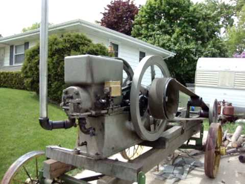 7HP Economy Hit and Miss Engine Belted To Saw Rig.