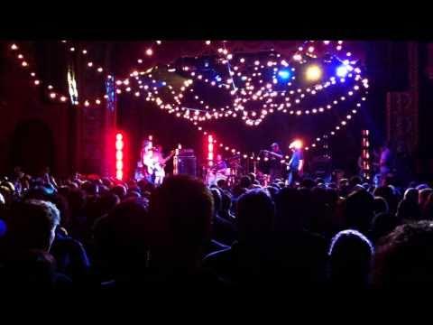 Pavement — Ob La Di (to close performance) @ Uptown Theater, Kansas City