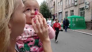 Прогулка по Дворцовой в день города в  Кропивницком