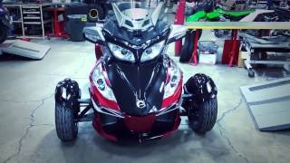 The Dancing Spyder! - 2015 Can-Am Spyder RT-S | AutoAwesome