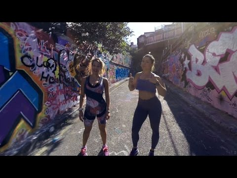 Urban fitness workout 360⁰ (Angela Crickmore & Andreea Tina)