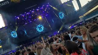 Alan Walker - All falls down ft Noah Cyrus (Live Summerburst 2018)