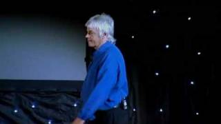 David Icke - Beyond the Cutting Edge - DVD 1/3 parte 01/13