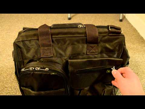 Fisher Price Fastfinder Deluxe Wide Opening Diaper Bag - Review