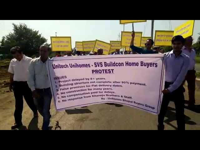UNIHOMES BHOPAL BUYERS PROTEST-16-OCT-2017-video-1