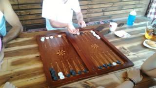 Учим гостей из Дании играт нарди длиние😨😨😨🙌🙌🙌🙌✌✌