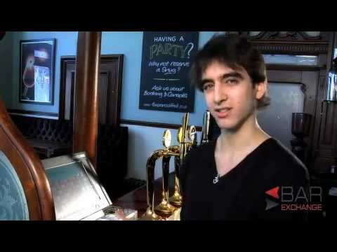 How to use a cash register in a bar