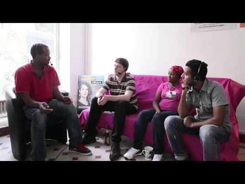 2014-07-10: A conversation with refugees / Gespräch mit einigen Refugees