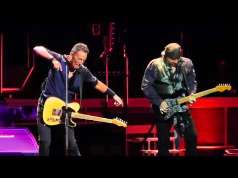 Bruce Springsteen - Cadillac Ranch - River Tour - New Jersey 1-31-2016