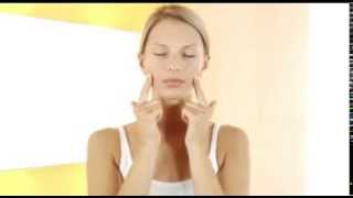 Decleor Face Aromessence application technique Thumbnail