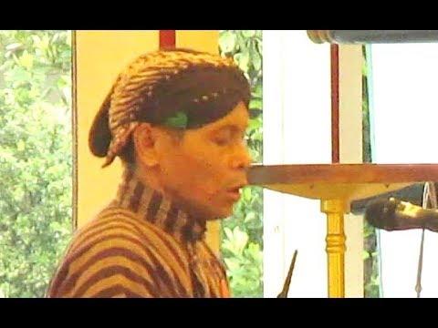 tembang-macapat-jawa-sinom-padhasih---asmaradana-tinjomaya-/-puro-pakualaman-yogyakarta-[hd]