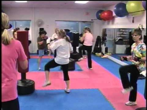 SECTV Leading Edge Cage Fitness class