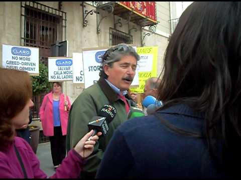 Presentation of Petition to Save Cala Mosca Interview 26 March 2010