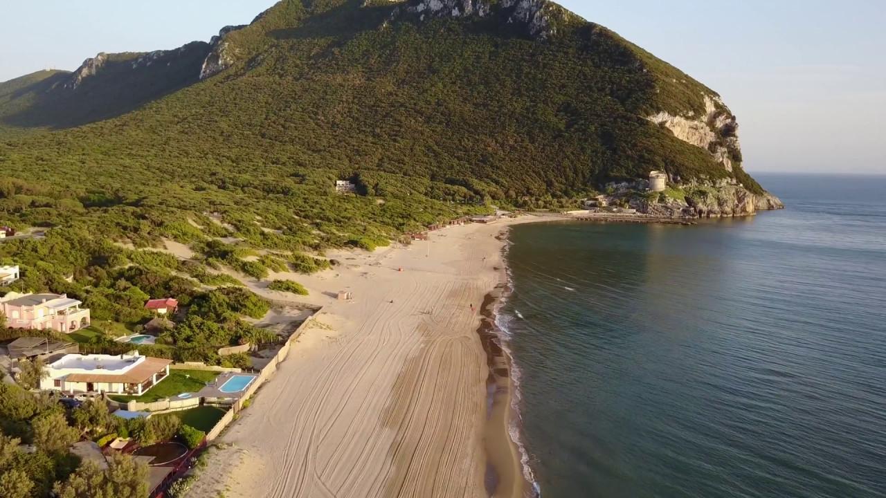 Torre paola e la spiaggia di sabaudia viste dal drone youtube - Torre specchia spiaggia ...